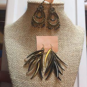 2 Sets of Dangle Earrings Pierced Bronze/Gold/ Bk